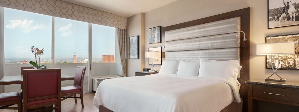 Accommodations near Downtown LA at the Radisson Midtown
