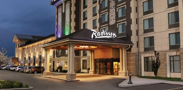 Radisson Toronto Airport West exterior