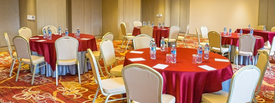 Meeting room in round-table setup