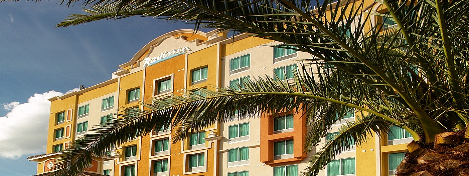 Exterior of the Radisson in Lake Buena Vista