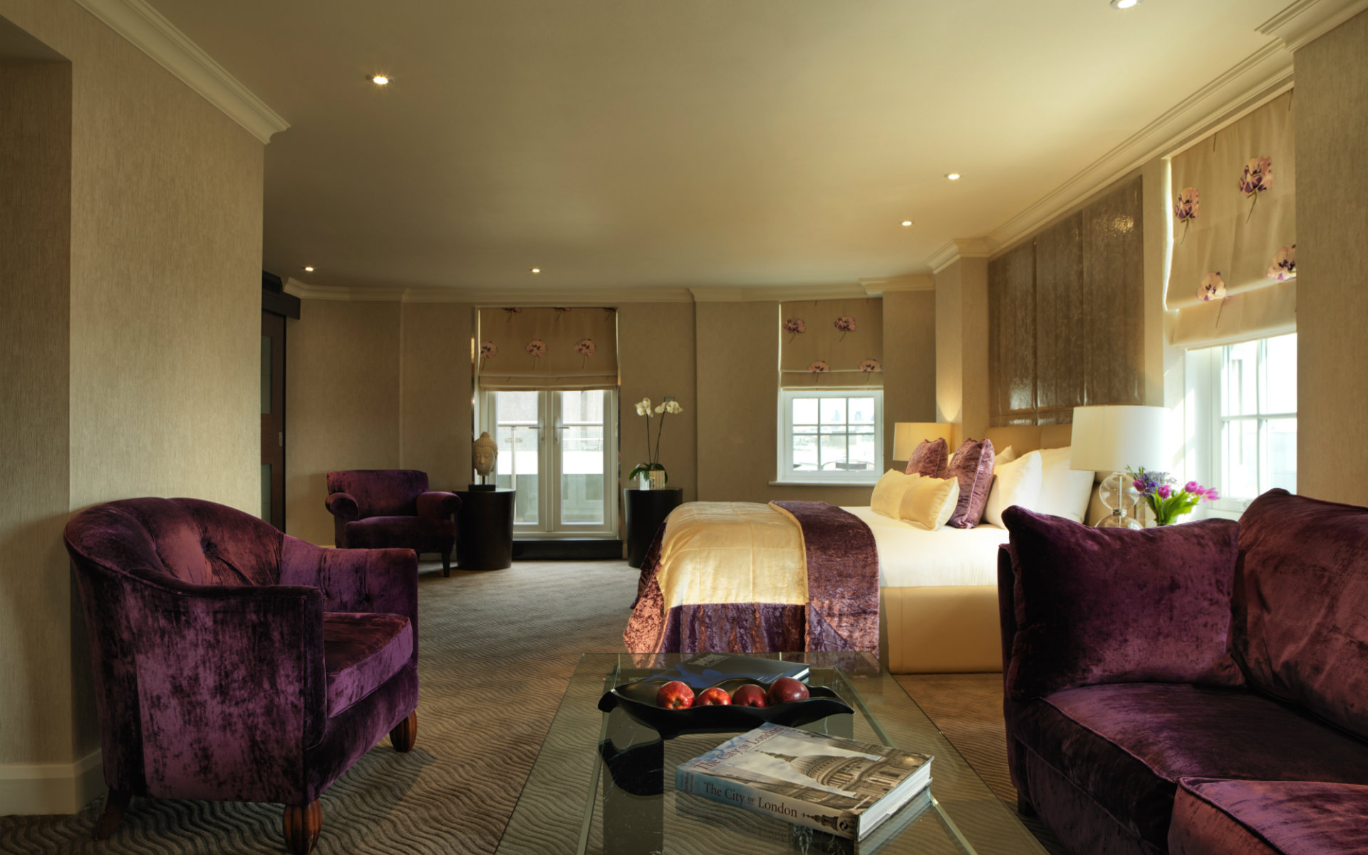 Radisson Blu Edwardian Berkshire 4 Star Hotel Near