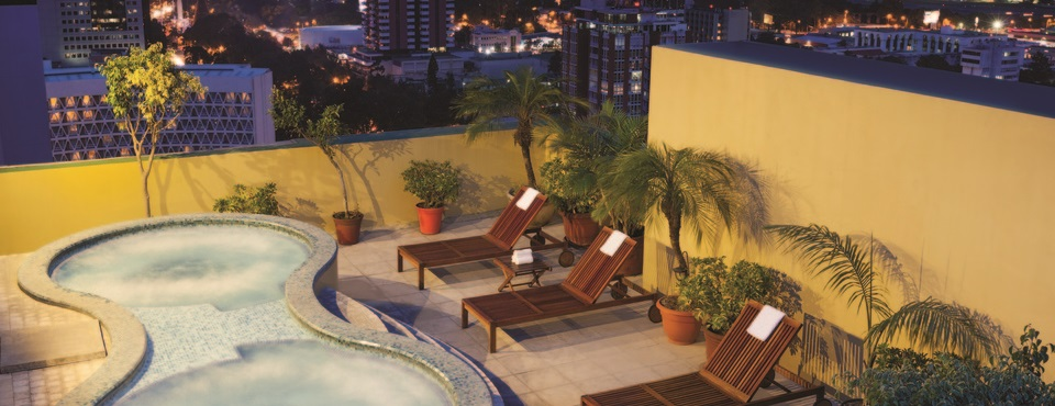 Rooftop pool at Radisson Hotel And Suites Guatemala City