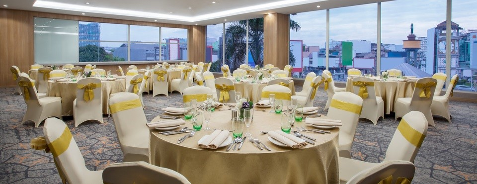 Matoa meeting room featuring formally set banquet tables