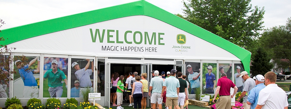 Crowds entering the John Deere Classic
