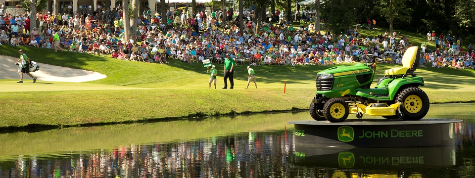 Photo of 18th green at Deere Run