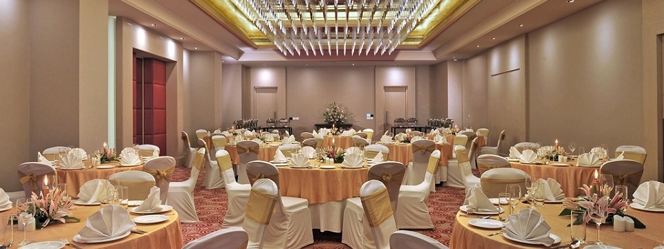 Banquet setup with round tables