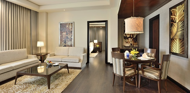 Executive Suite living room at Radisson Noida