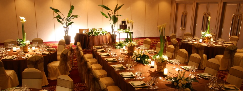 Kacho Ballroom with rectangular and round tables