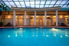 Cincinnati riverfront hotel with indoor pool