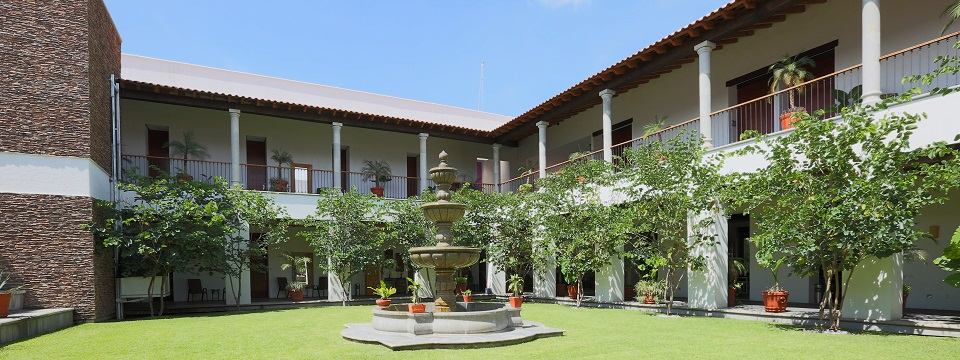 Cuernavaca hotel courtyard with fountain