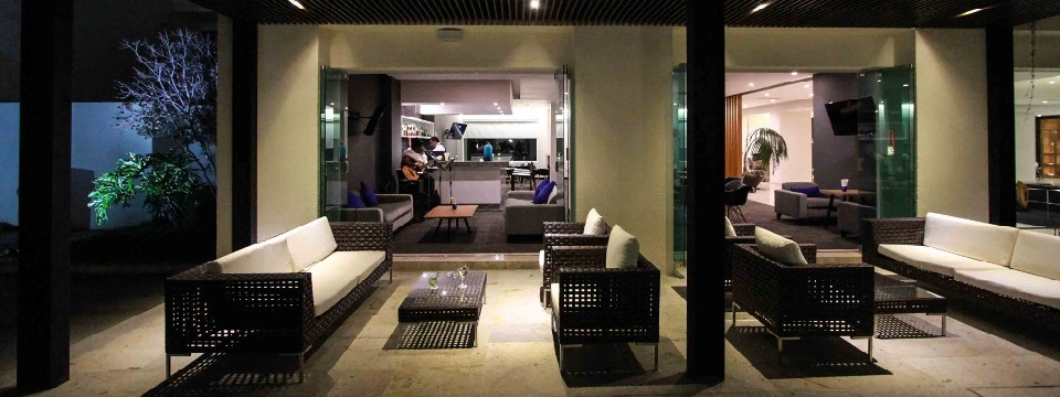 Hotel bar with outdoor seating area