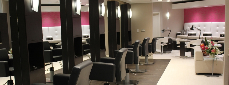 Kalamazoo salon's hair styling stations