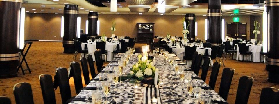 Kalamazoo wedding space with banquet tables