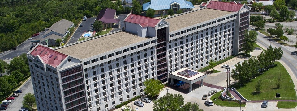 Aerial view of the Radisson hotel in Branson, MO