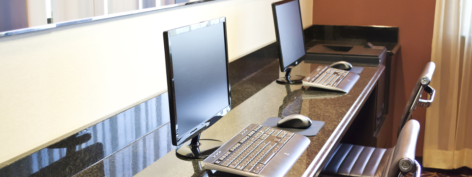 Branson hotel's business center with two computer stations