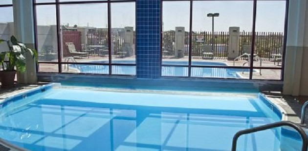 Branson Hotel S Indoor And Outdoor Pool