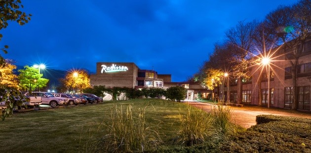 Exterior Of Radisson Hotel Corning At Night