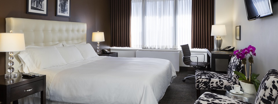 Accessible rooms at Radisson Hotel New Rochelle