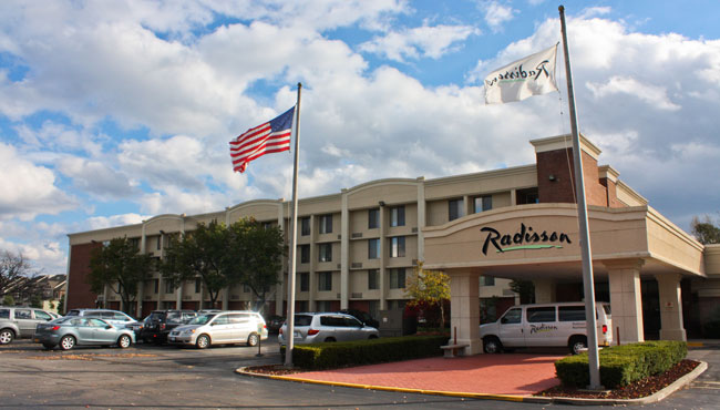 Welcome To Radisson Hotel Rochester Airport