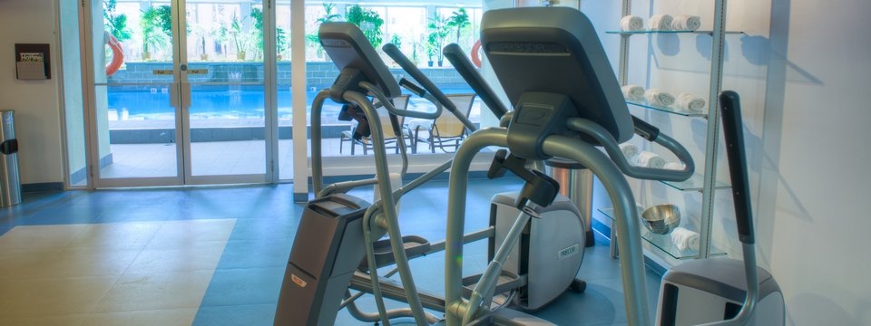 Elliptical machines in the hotel fitness centre
