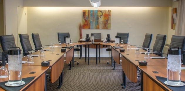 Meeting room with tables and ergonomic chairs