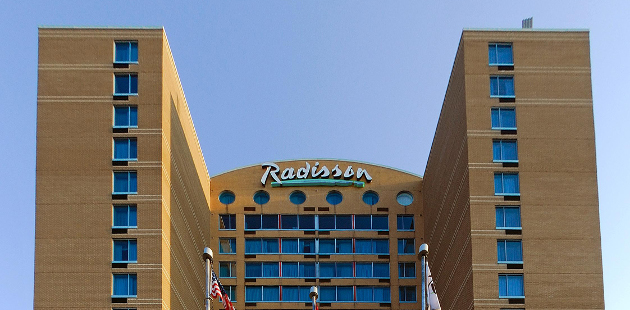 Exterior of Radisson Suite Hotel Toronto Airport