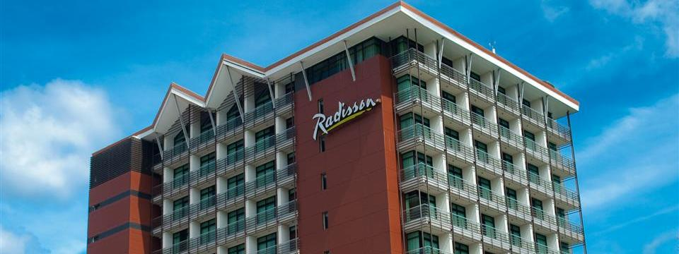 Exterior of the Radisson with balconies