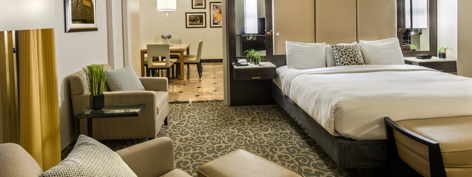 Scranton suite with king bed and separate dining area
