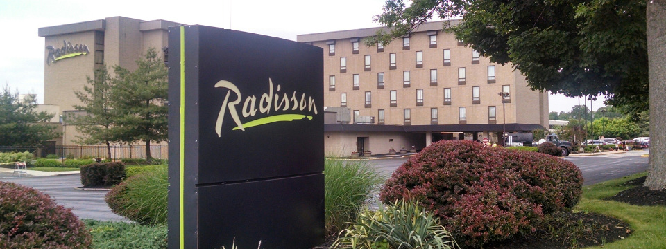 Exterior of Radisson Hotel Philadelphia Northeast