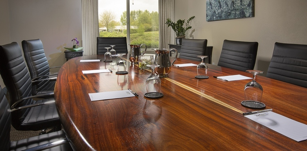 PDX Airport Hotel's Boardroom Meeting Facilities