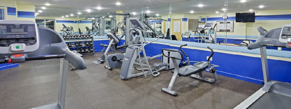 Fitness center includes treadmills, weights and more