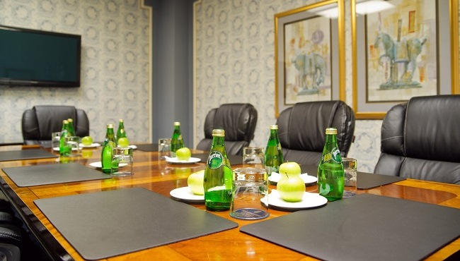 Plaza Club Boardroom