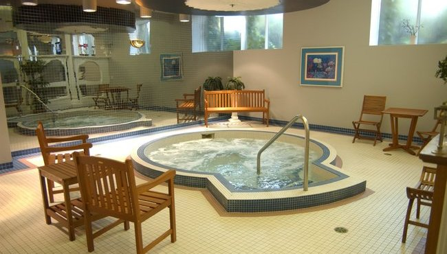 Fitness Centre Whirlpool Tub