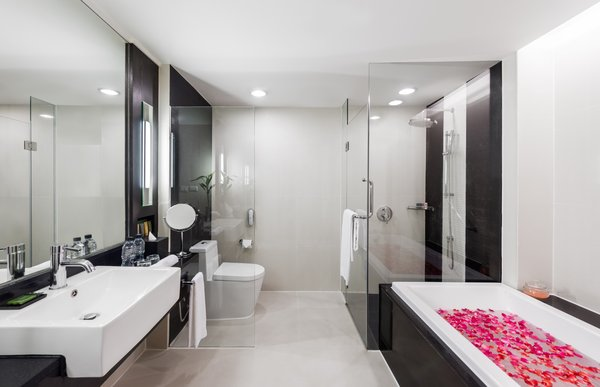 One- and Two-bedroom Suites, Spacious Bathrooms