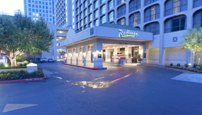 Radisson Hotel Suites Austin Downtown Exterior
