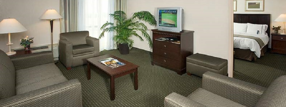 Radisson Fort Worth Lodging with Accessible Rooms