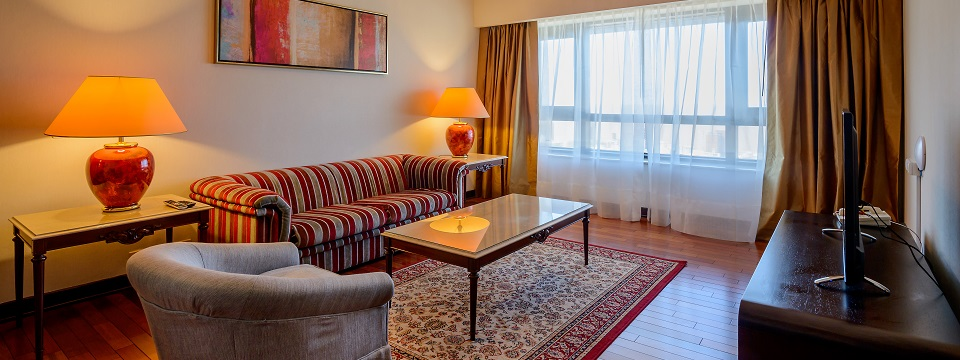 Suites in Montevideo at Victoria Plaza