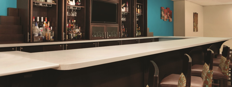 The bistro bar, featuring comfortable stools and flat-screen TVs