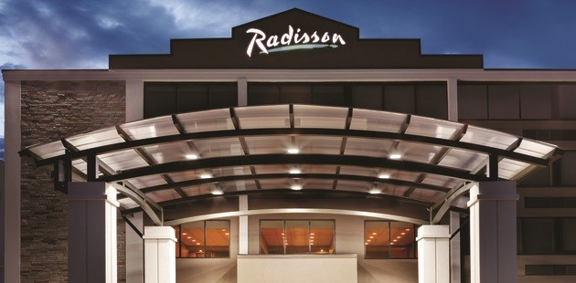 Exterior of Radisson Hotel Charlotte Airport