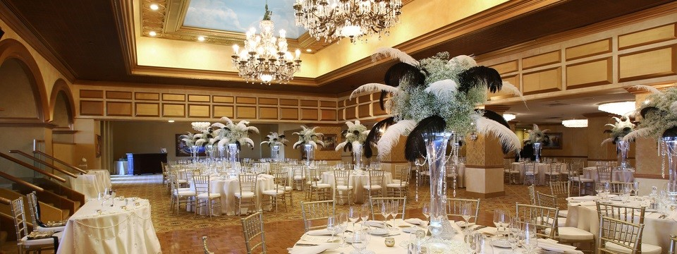 Atlantic City ballroom with gold accents and sky-blue ceiling