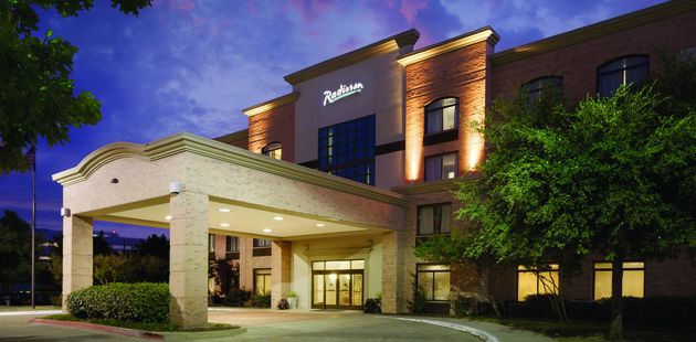 243c97224c20 North Dallas hotel exterior. Welcoming lobby at Radisson Hotel Dallas North- Addison