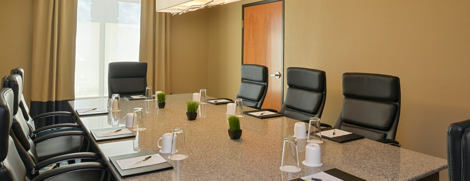 Riverside Boardroom at Radisson New Orleans Airport