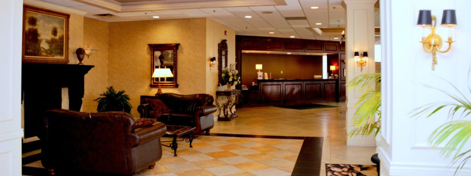 St. Joseph hotel lobby with comfortable seating and a fireplace
