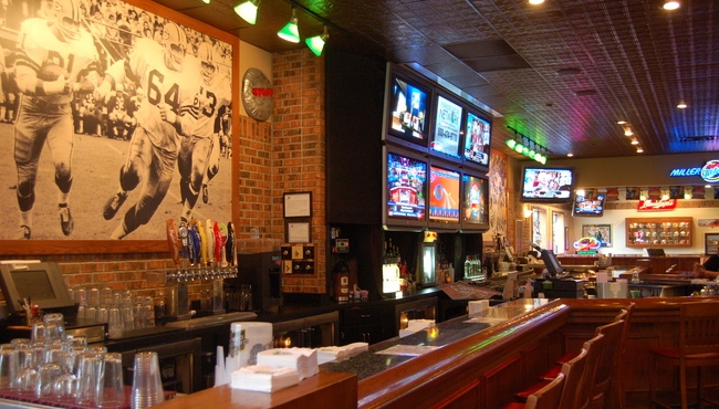 Clubhouse Bar and Grill