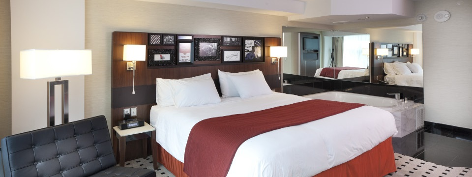 Suite with king bed and whirlpool tub