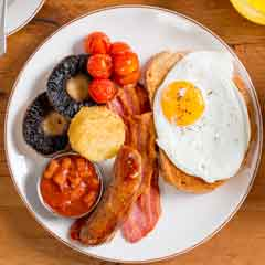 Breakfast at Leicester Square Kitchen