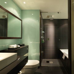Radisson Blu Edwardian, New Providence Wharf bathroom